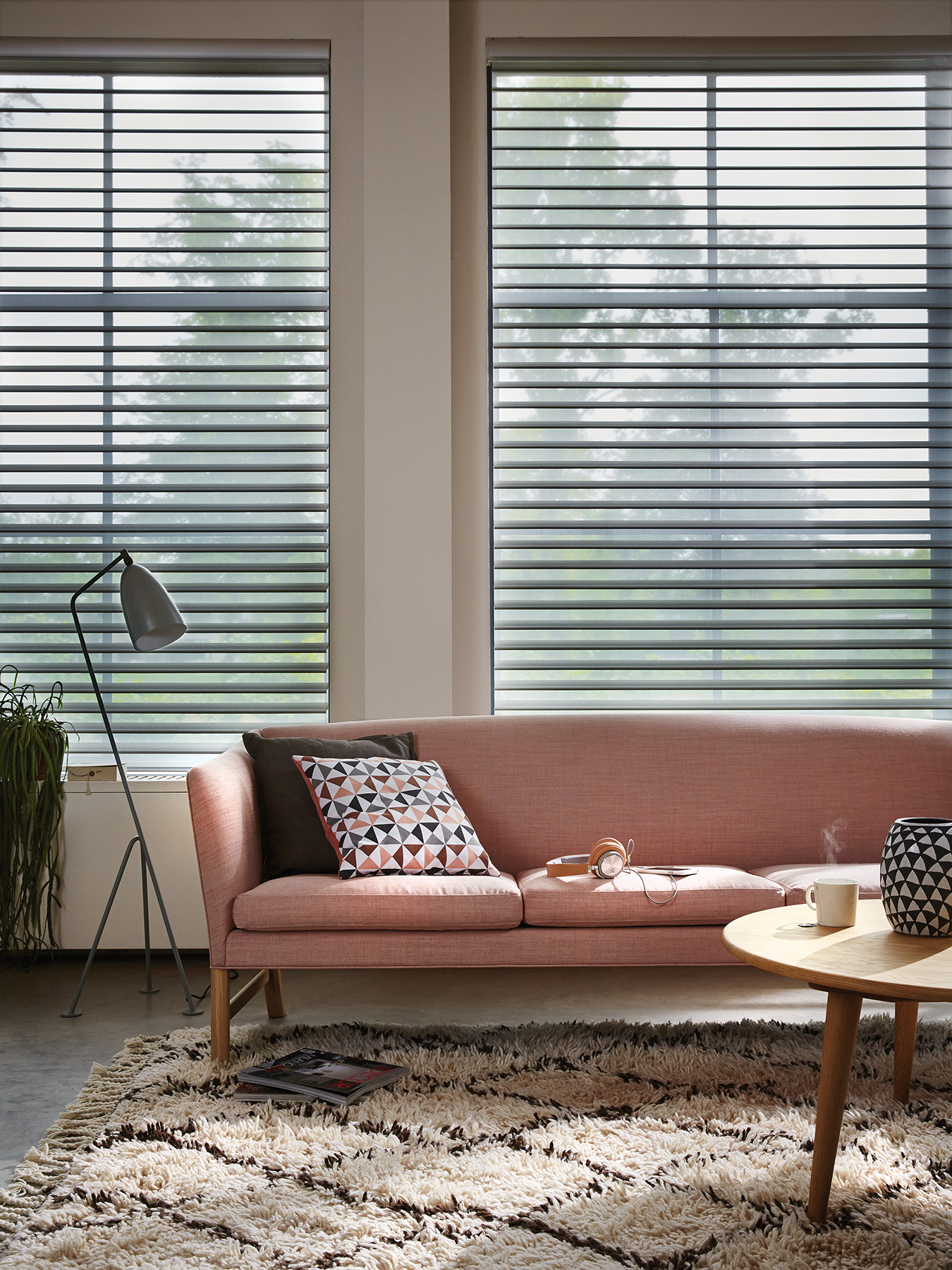 TREND: POWER OF PINK - Luxaflex